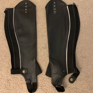 Equestrian- Leather half chaps